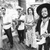 Farmers Market Concert: Ida y Vuelta